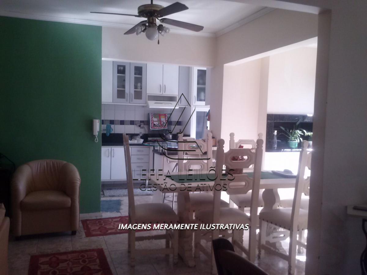 Apartamento 301 no Residencial Village Center Zona Sul na Av. Cavalhada em Porto Alegre/RS