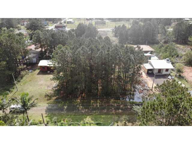 Terreno Urbano no Pinus Park, Lote 37 da Quadra 20 em Arroio do Sal /RS
