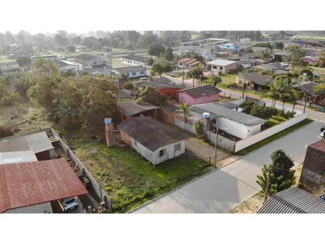 Terreno Urbano com Benfeitorias, na Rua Laurinda no Campo Bonito, em Torres/RS